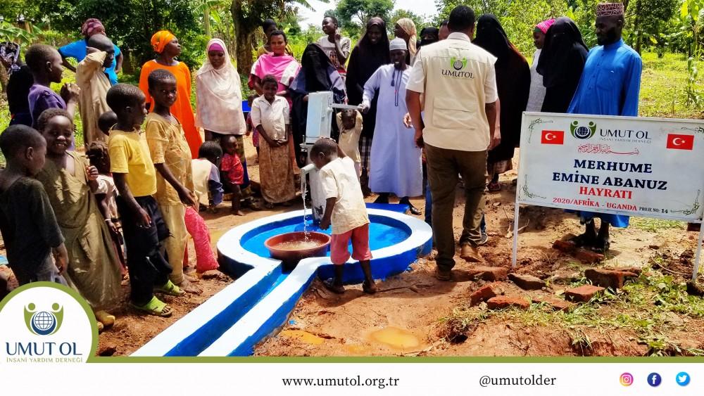 Afrika Uganda Su kuyusu Projeleri
