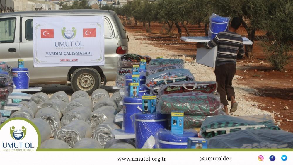 Suriye İdlib Umut Evleri Kampı Yardım Dağıtımları